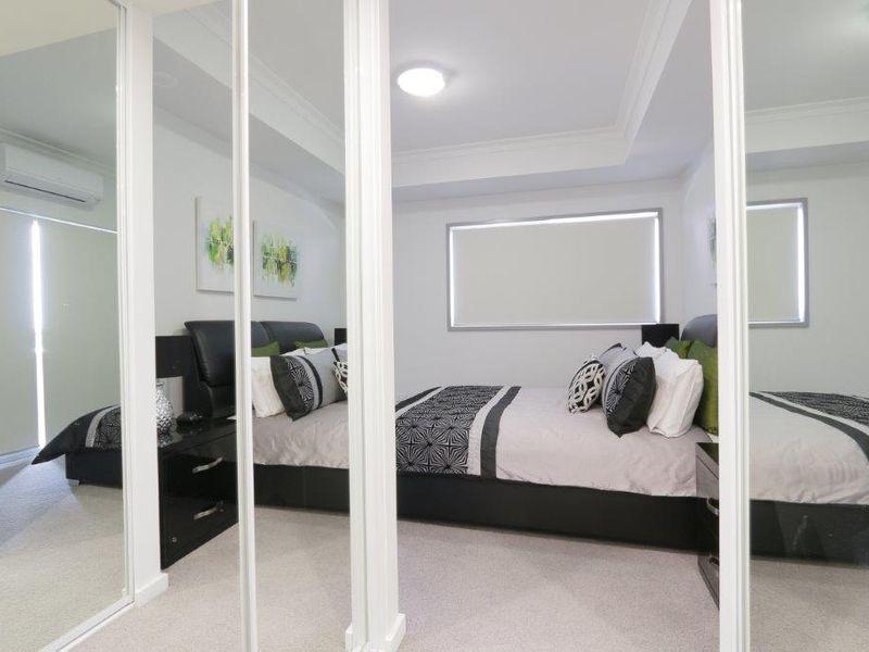https://propertyphotos.vaultre.com.au/835/759956__reaimport-1568684185-347367-29038.jpg