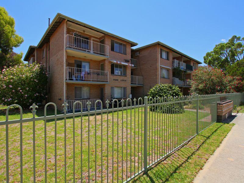 https://propertyphotos.vaultre.com.au/835/760448__reaimport-1568684359-347393-29063.jpg