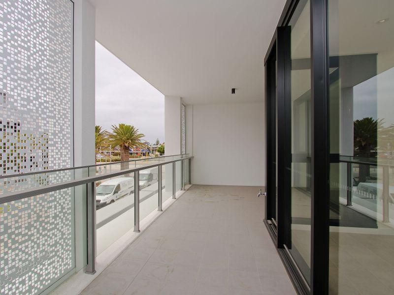 https://propertyphotos.vaultre.com.au/835/760496__reaimport-1568684379-347396-29065.jpg