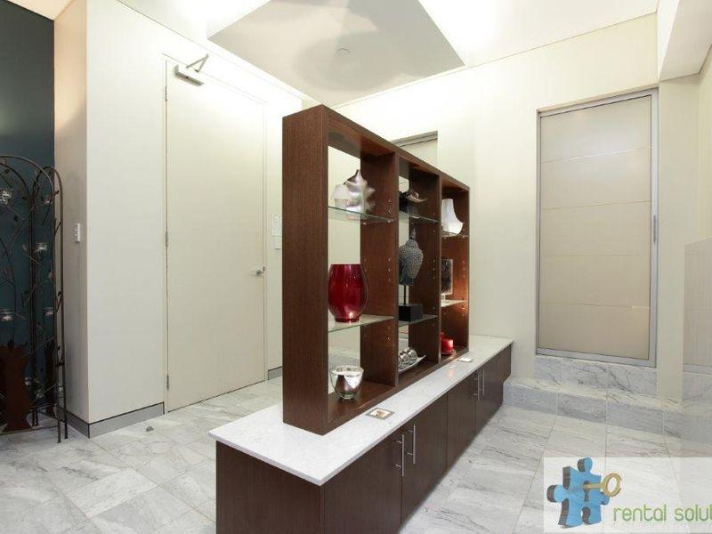 https://propertyphotos.vaultre.com.au/835/760805__reaimport-1568684490-347413-29082.jpg