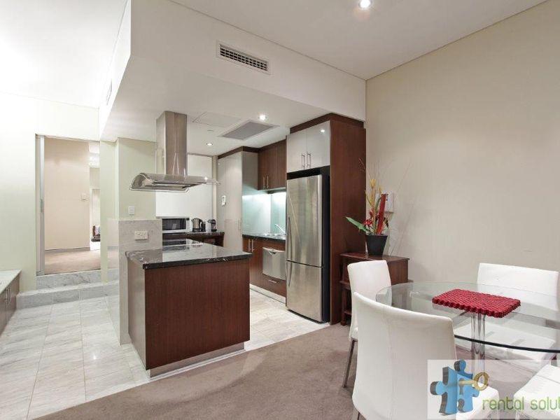 https://propertyphotos.vaultre.com.au/835/760809__reaimport-1568684491-347413-29082.jpg