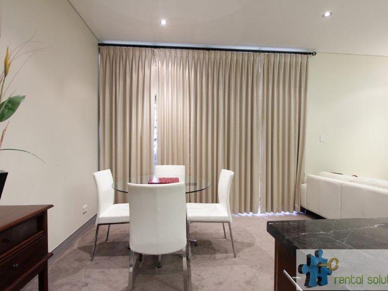 https://propertyphotos.vaultre.com.au/835/760811__reaimport-1568684492-347413-29082.jpg
