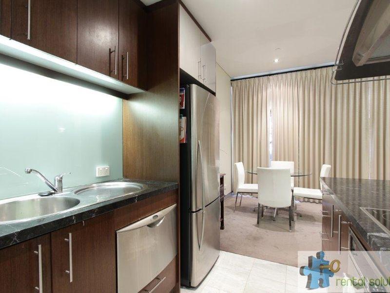 https://propertyphotos.vaultre.com.au/835/760813__reaimport-1568684492-347413-29082.jpg