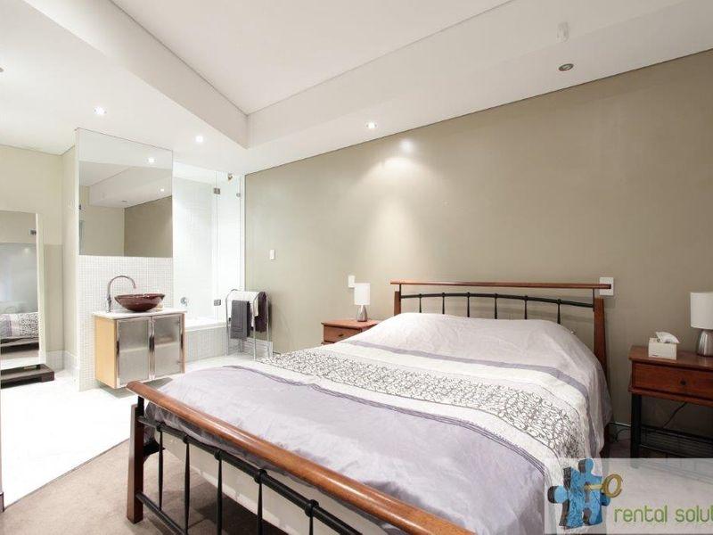 https://propertyphotos.vaultre.com.au/835/760815__reaimport-1568684493-347413-29082.jpg