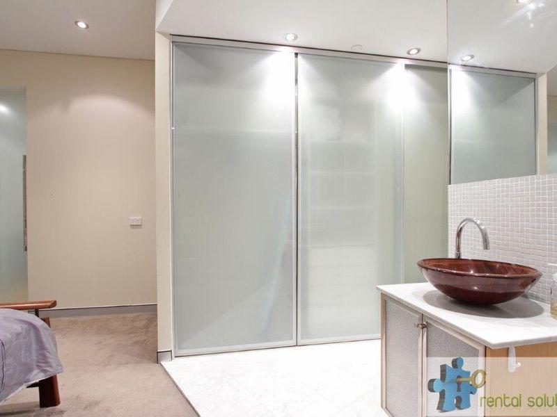 https://propertyphotos.vaultre.com.au/835/760818__reaimport-1568684494-347413-29082.jpg