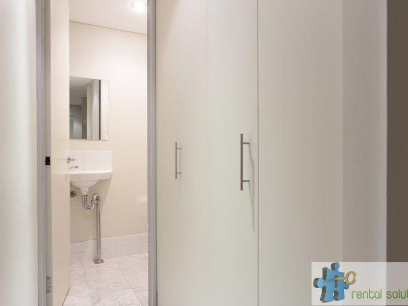 https://propertyphotos.vaultre.com.au/835/760821__reaimport-1568684495-347413-29082.jpg