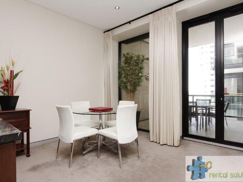 https://propertyphotos.vaultre.com.au/835/760823__reaimport-1568684495-347413-29082.jpg