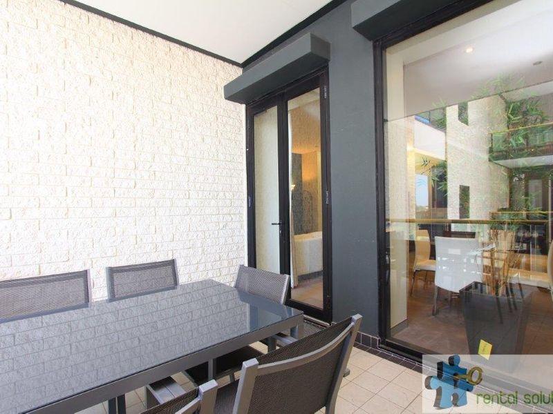 https://propertyphotos.vaultre.com.au/835/760826__reaimport-1568684496-347413-29082.jpg