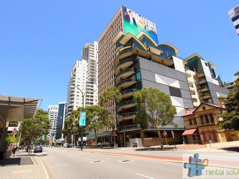 https://propertyphotos.vaultre.com.au/835/760829__reaimport-1568684497-347413-29082.jpg
