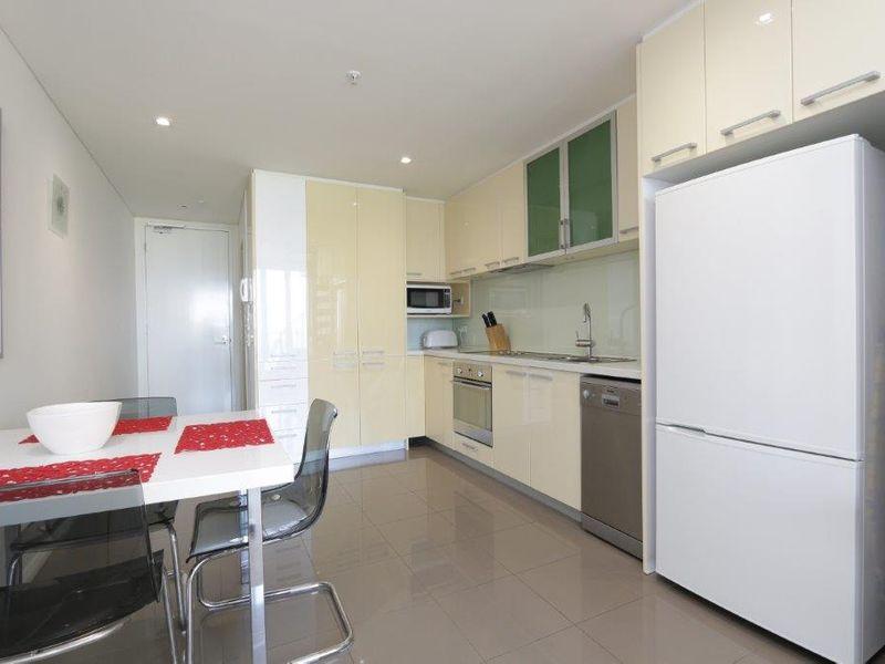 https://propertyphotos.vaultre.com.au/835/760993__reaimport-1568684556-347425-29093.jpg