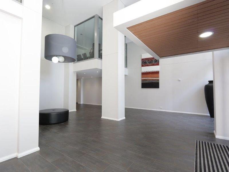 https://propertyphotos.vaultre.com.au/835/760995__reaimport-1568684556-347425-29093.jpg