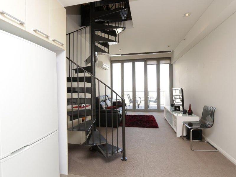 https://propertyphotos.vaultre.com.au/835/760996__reaimport-1568684557-347425-29093.jpg