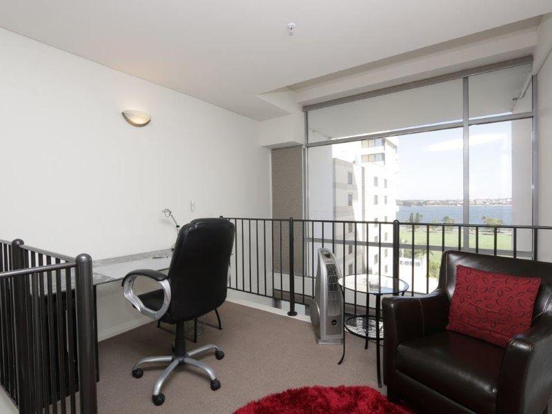 https://propertyphotos.vaultre.com.au/835/761012__reaimport-1568684562-347425-29093.jpg