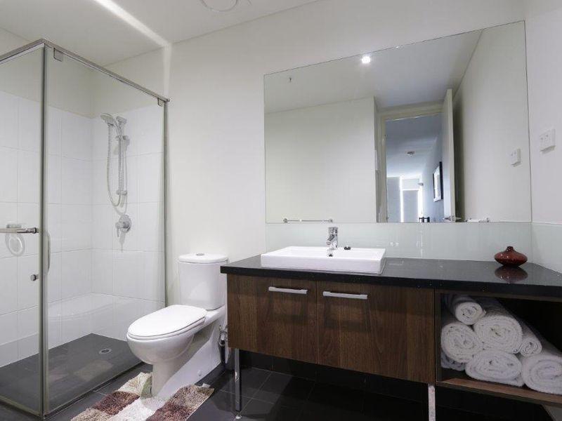 https://propertyphotos.vaultre.com.au/835/761015__reaimport-1568684563-347425-29093.jpg