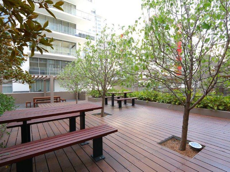 https://propertyphotos.vaultre.com.au/835/761018__reaimport-1568684564-347425-29093.jpg
