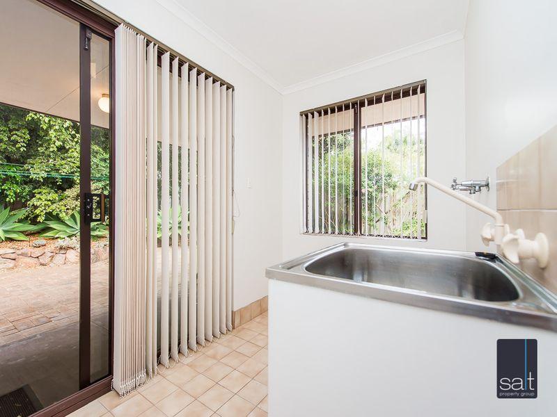 https://propertyphotos.vaultre.com.au/835/761144__reaimport-1568684613-347433-29101.jpg