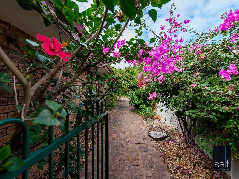 https://propertyphotos.vaultre.com.au/835/761147__reaimport-1568684614-347433-29101.jpg