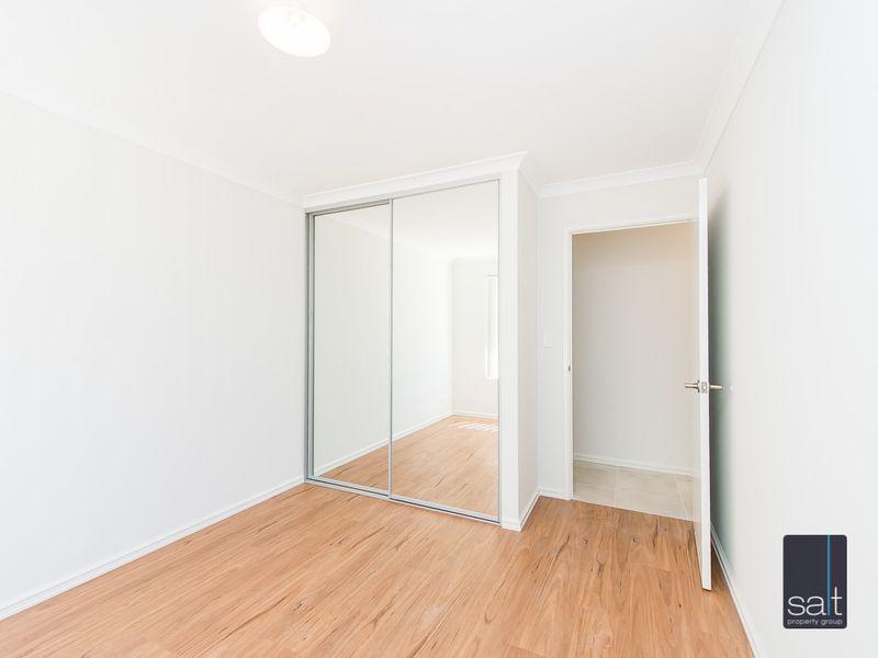 https://propertyphotos.vaultre.com.au/835/761211__reaimport-1568684637-347438-29106.jpg