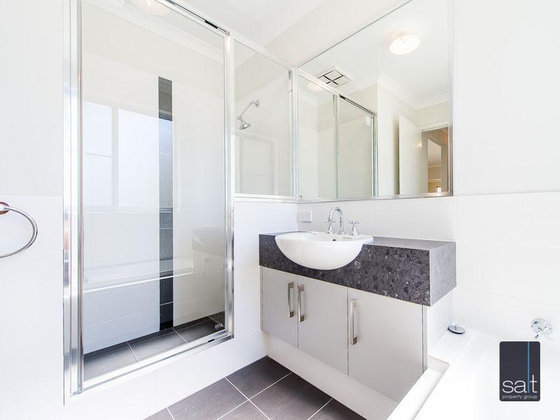 https://propertyphotos.vaultre.com.au/835/761212__reaimport-1568684637-347438-29106.jpg