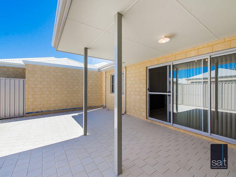 https://propertyphotos.vaultre.com.au/835/761213__reaimport-1568684637-347438-29106.jpg