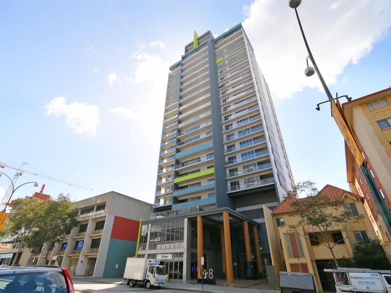 https://propertyphotos.vaultre.com.au/835/761304__reaimport-1568684673-347445-29113.jpg