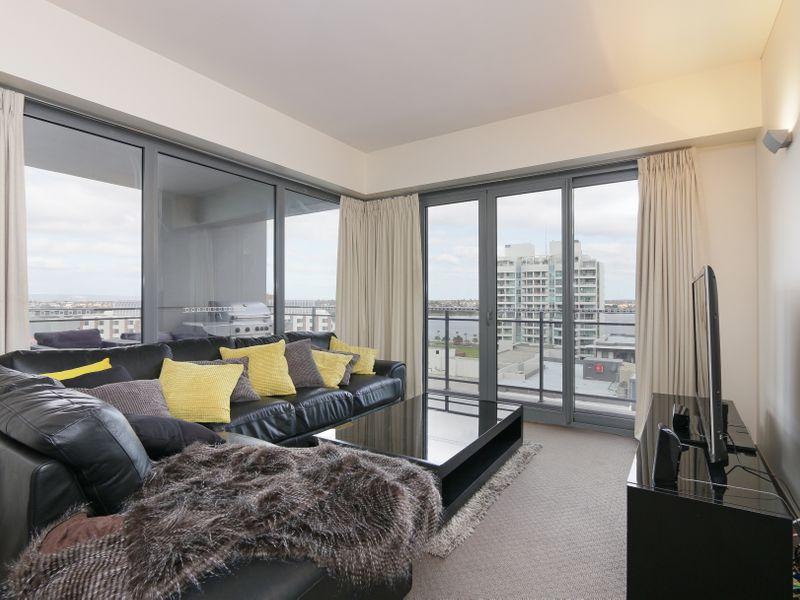 https://propertyphotos.vaultre.com.au/835/761306__reaimport-1568684674-347445-29113.jpg