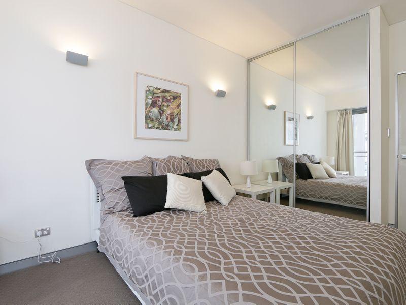 https://propertyphotos.vaultre.com.au/835/761311__reaimport-1568684676-347445-29113.jpg