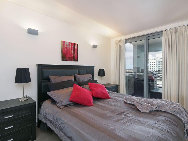 https://propertyphotos.vaultre.com.au/835/761313__reaimport-1568684677-347445-29113.jpg