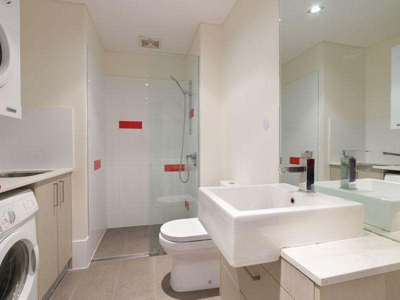 https://propertyphotos.vaultre.com.au/835/761316__reaimport-1568684679-347445-29113.jpg