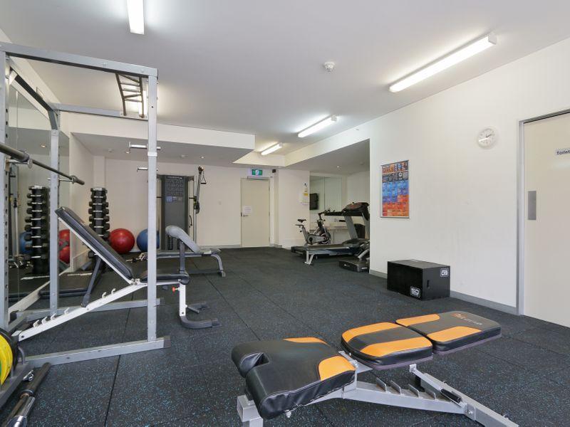 https://propertyphotos.vaultre.com.au/835/761338__reaimport-1568684690-347445-29113.jpg