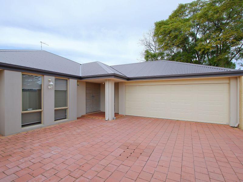 https://propertyphotos.vaultre.com.au/835/761580__reaimport-1568684771-347460-29128.jpg