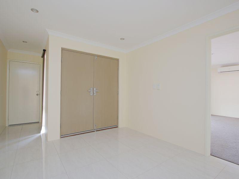 https://propertyphotos.vaultre.com.au/835/761587__reaimport-1568684774-347460-29128.jpg