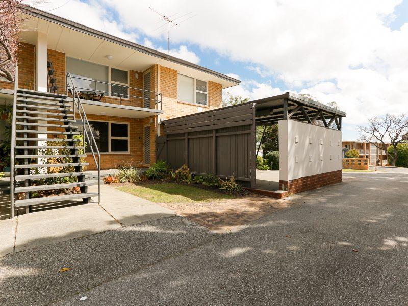 https://propertyphotos.vaultre.com.au/835/762031__reaimport-1568684929-347483-29149.jpg
