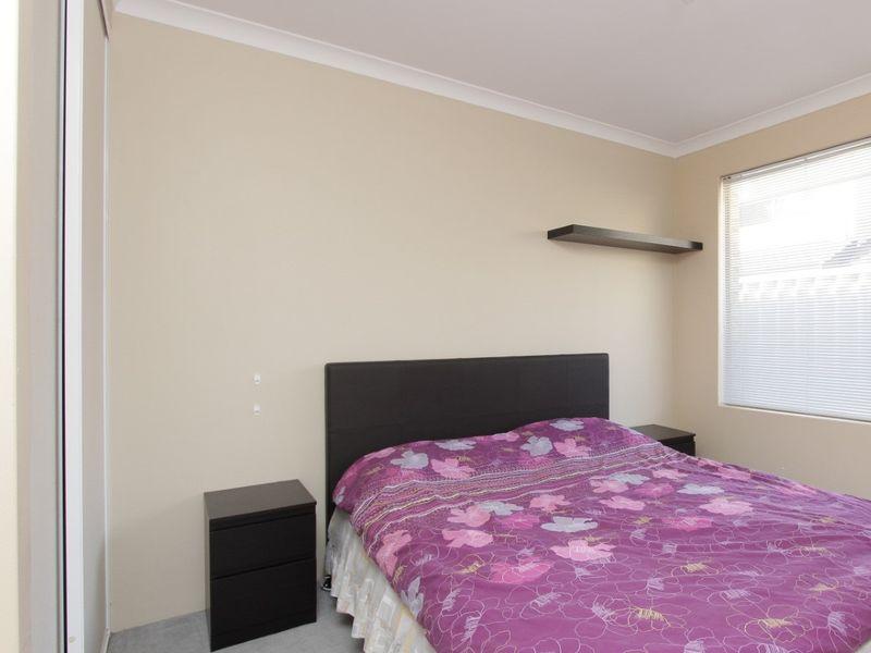 https://propertyphotos.vaultre.com.au/835/762037__reaimport-1568684931-347484-29150.jpg