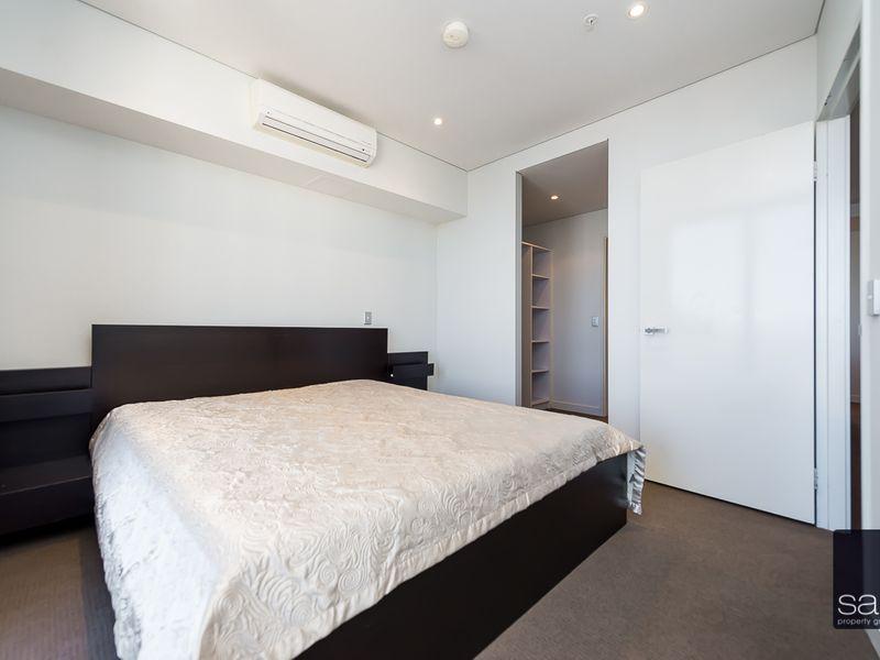 https://propertyphotos.vaultre.com.au/835/762049__reaimport-1568684935-347485-29151.jpg