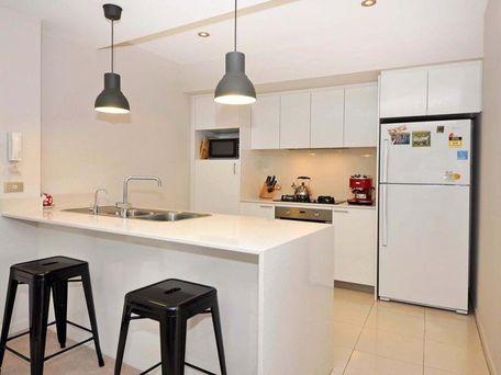 https://propertyphotos.vaultre.com.au/835/762108__reaimport-1568684954-347489-29155.jpg