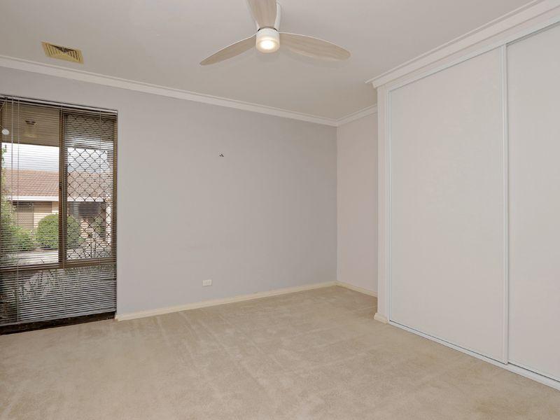 https://propertyphotos.vaultre.com.au/835/762322__reaimport-1568685021-347506-29172.jpg