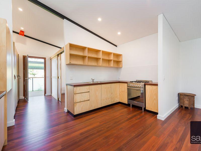 https://propertyphotos.vaultre.com.au/835/762349__reaimport-1568685030-347508-29174.jpg