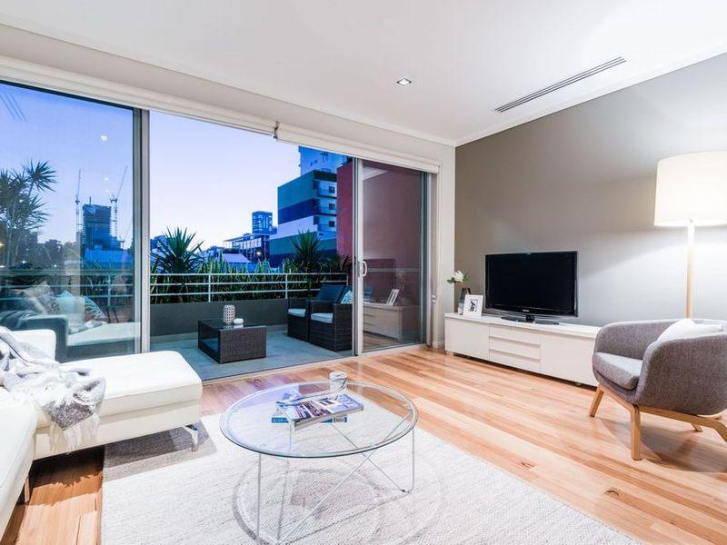 https://propertyphotos.vaultre.com.au/835/762533__reaimport-1568685089-347522-29188.jpg