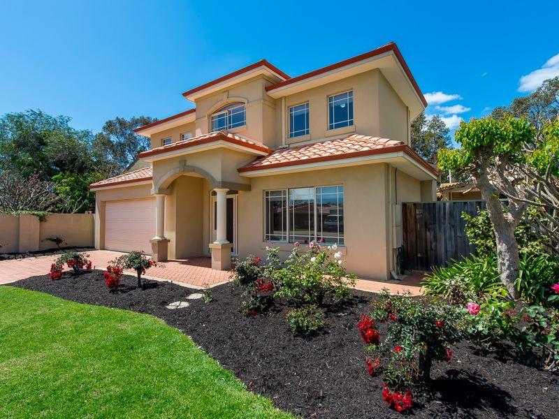 https://propertyphotos.vaultre.com.au/835/762578__reaimport-1568685104-347527-29193.jpg