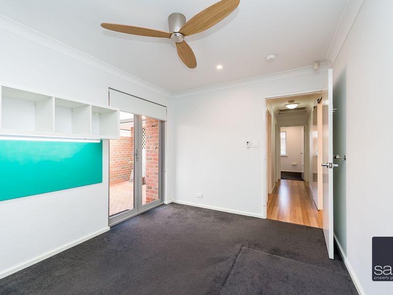 https://propertyphotos.vaultre.com.au/835/762903__reaimport-1568685215-347552-29218.jpg