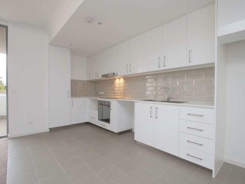 https://propertyphotos.vaultre.com.au/835/762960__reaimport-1568685236-347555-29221.jpg