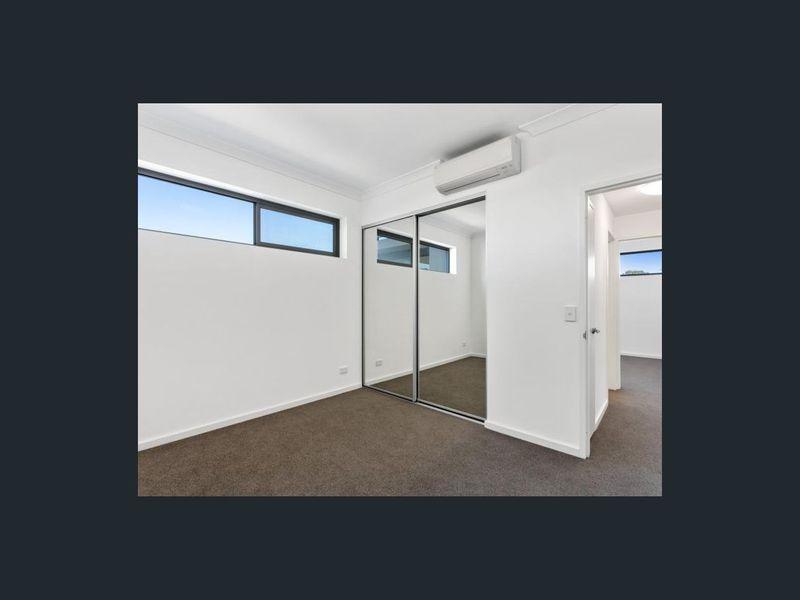 https://propertyphotos.vaultre.com.au/835/762963__reaimport-1568685237-347555-29221.jpg