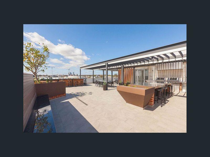https://propertyphotos.vaultre.com.au/835/762966__reaimport-1568685238-347555-29221.jpg