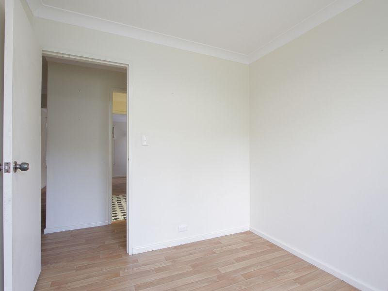 https://propertyphotos.vaultre.com.au/835/765792__reaimport-1568685971-347888-29552.jpg