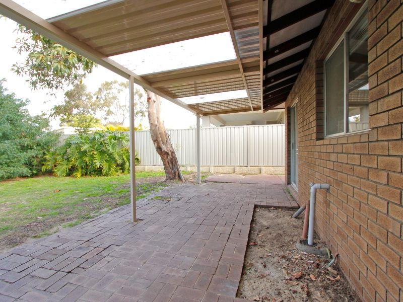 https://propertyphotos.vaultre.com.au/835/765802__reaimport-1568685974-347888-29552.jpg