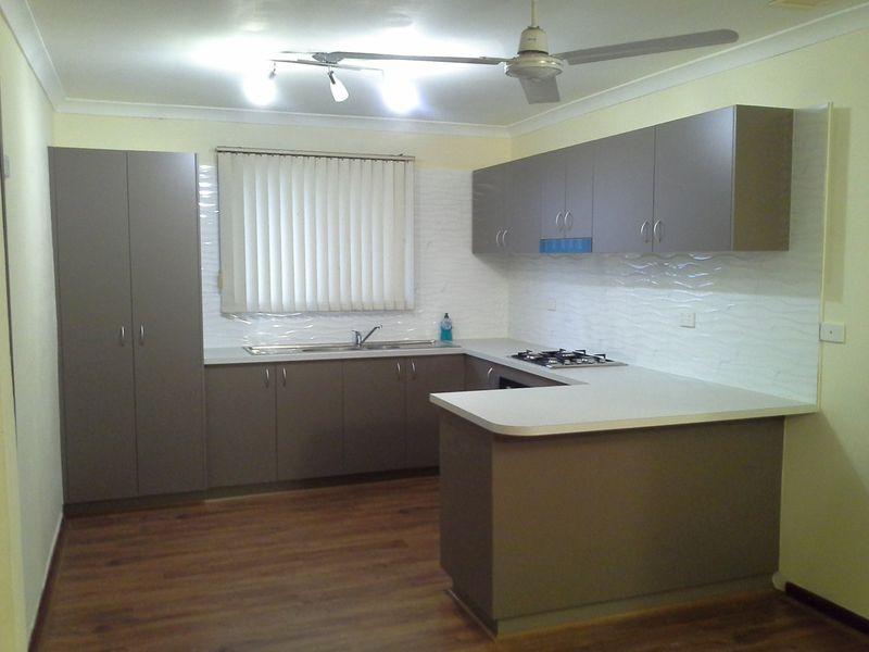 https://propertyphotos.vaultre.com.au/835/765861__reaimport-1568685991-347892-29556.jpg