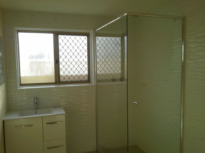 https://propertyphotos.vaultre.com.au/835/765862__reaimport-1568685991-347892-29556.jpg