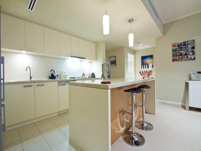 https://propertyphotos.vaultre.com.au/835/766336__reaimport-1568686124-347931-29595.jpg