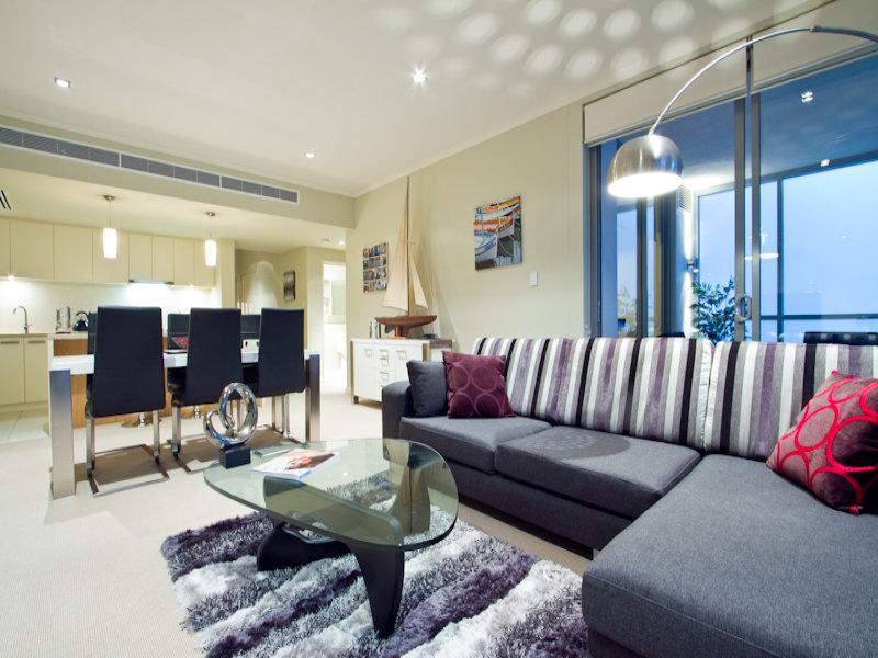 https://propertyphotos.vaultre.com.au/835/766340__reaimport-1568686125-347931-29595.jpg